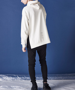 THE YOUTH REGLAN HOODIE (IVORY)